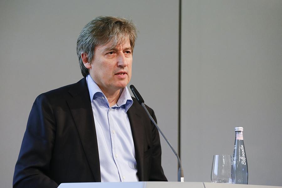 Begrüßung durch den AKG Vorsitzenden Christian Pelzeter